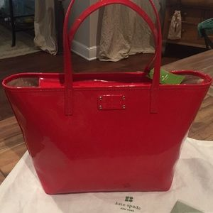 Kate Spade Small Harmony Chili Red Metro N…